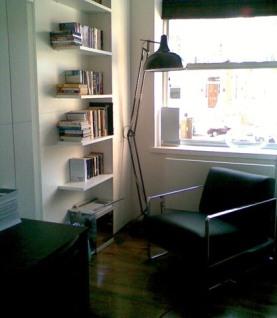 a-home-in-londons-kensington-reading-area-c2a9anna-hansson-design-ltd