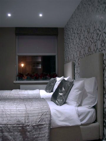 a-home-in-lononds-kensington-master-bedroom-c2a9anna-hansson-design-ltd-k6