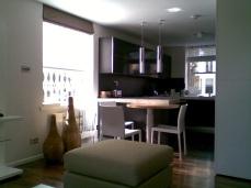 ©Anna Hansson Design_a-home-in-londons-kensington-kitchen-and-breakfast-bar